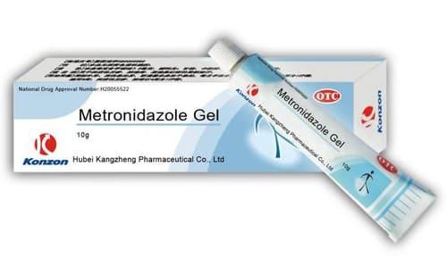 Метронидазол несовместим с этиловым спиртом, при использовании препарата в сочетании с алкоголем возникает дисульфирамоподобная реакция